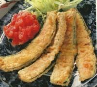 Zucchinis  in Weinteig