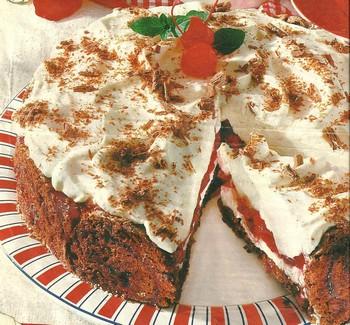 Torta de Chocolate con Cerezas