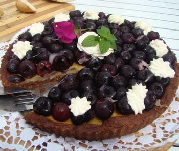 Tarta de Cerezas con Mazapàn