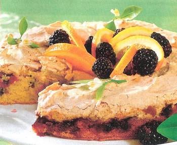 Tarta-con-Merengue-de-Naranja-y-Zarza-Mora